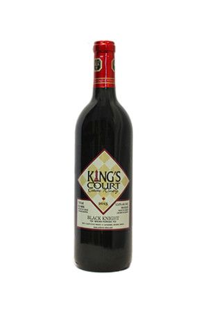 Niagara Wines I 2015 Black Knight I Clear bright red colour fading to a water white rim. On the nose plums, black cherries, eucalyptus notes. Plums, ripe fruit, red currants combine to give a lasting finish. 12.0% alc. / vol. 750 ml per bottle