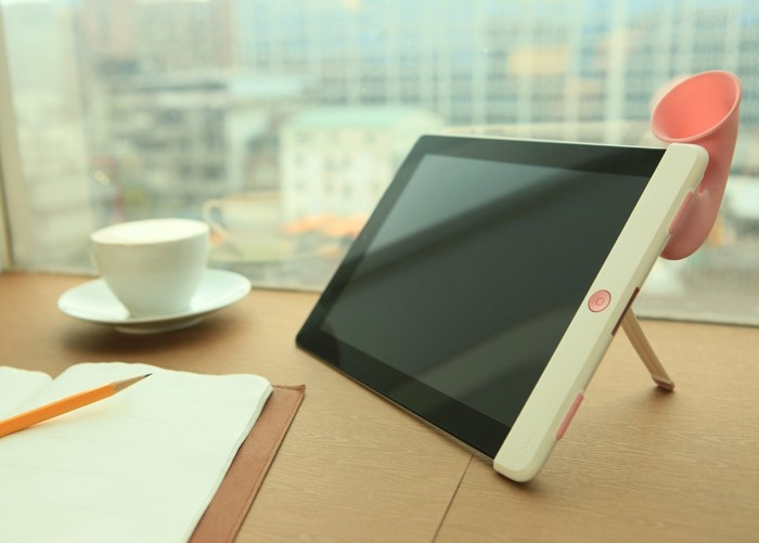 Make working a joy with music from your iPad Hornstand!