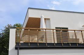 götenehus balkongräcke liggande ribbor