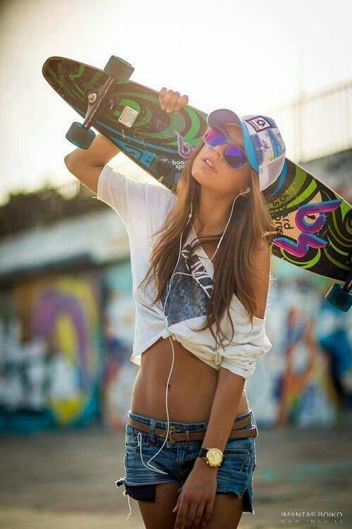 Thinspo Hipster Skate Hipster Fashion Pinterest Hipster Perfect Figure And Flat Tummy
