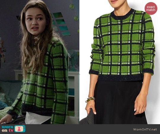 Emma's green checked sweater on Red Band Society.  Outfit Details: http://wornontv.net/41503/ #RedBandSociety