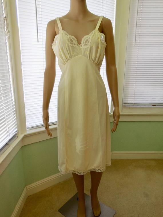 0d8cee8eed852 Vintage SLIP Dress/Full Slip/Pale Yellow Slip/50s Dress Slip/Full Dress Slip/Rockabilly/Mad  Men/PHIL MAID/50s Vintage Dress Slip/Size 36