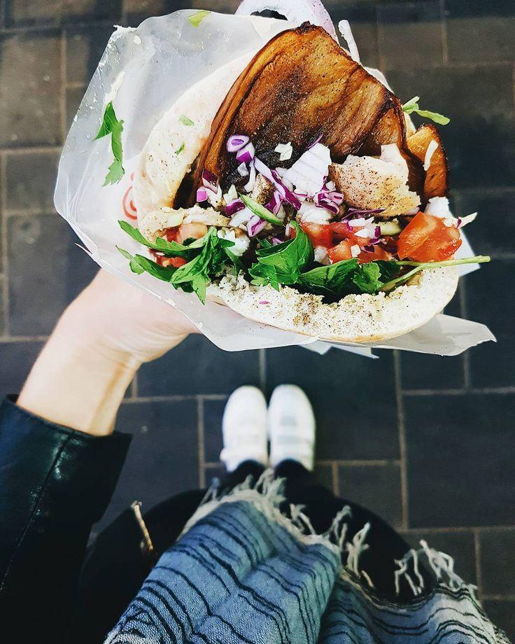"""159 Likes, 14 Comments - Tel-Avivi (@telavivi.info) on Instagram: """"Сабих - это мой любимый израильский джанк фуд! Пита, жареные баклажаны, овощи, тхина, хумус, и я…"""""""