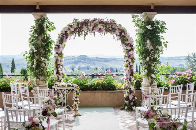 Stunning Wedding Venue in Tuscany Antica Fattoria di Paterno www.fattoriapaterno.it