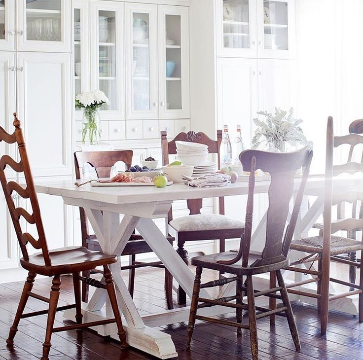 This is the table we built for Jillian Harris...looks beautiful in her home.