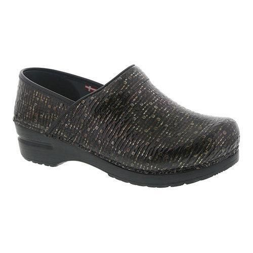 Women's Sanita Clogs Professional Cobble Closed Back Clog Dark Patent