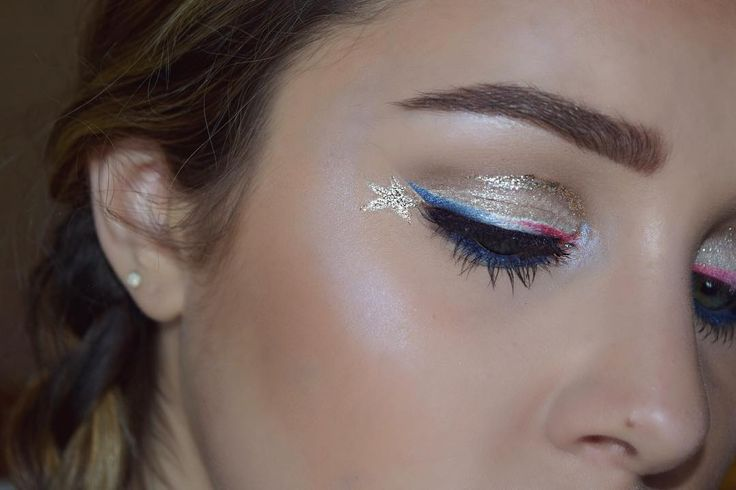 TUTORIAL COMING TONIGHT! ����✨����✨���� BROWS: @nyxcosmetics micro brow pencil in taupe @urbandecaycosmetics naked basics palette 'faint' EYES: @urbandecaycosmetics naked basics palette @covergirl flamed out shadow pencil 305 @yoficosmetics sparklettes in diamonds @nyxcosmetics white eye pencil @morphebrushes 28F palette for the red, while, and blue liner  @ardell_lashes faux mink lashes 118 @catrice.cosmetics liquid metal gel eye liner in 'blingo start' for the ⭐️ @urbandecaycosmetics…