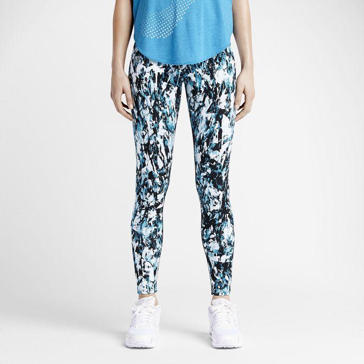Size s http://m.nike.com/gb/en_gb/pd/leg-a-see-mishmash-allover-print-leggings/pid-10201644/pgid-10295181