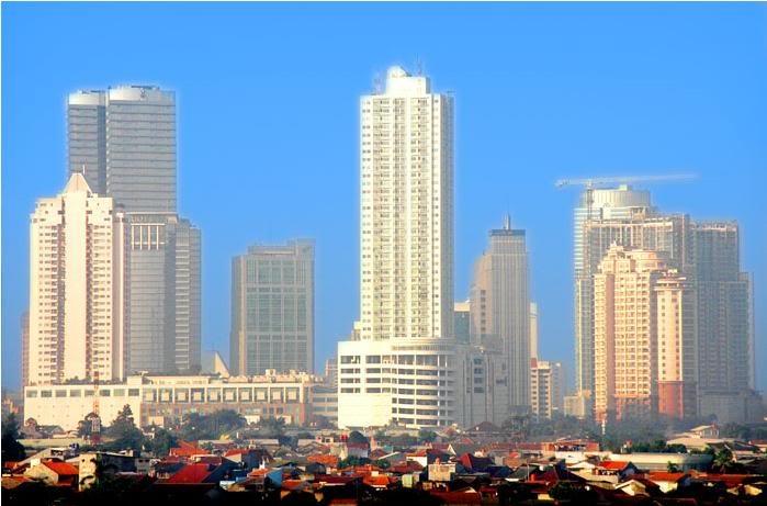 vespa bang haji kondor: gedung-gedung pencakar langit jakarta