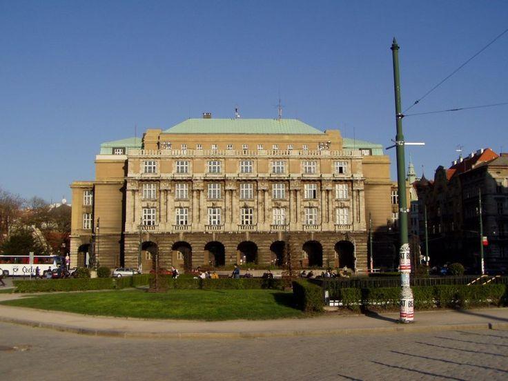 Filosofická fakulta univerzity Karlovy