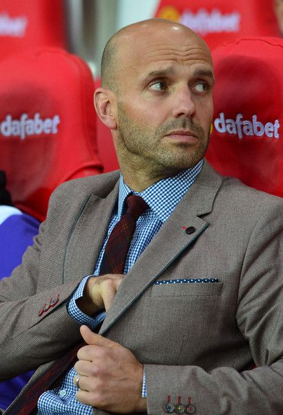 Paul Tisdale Photos Photos - Exeter City manager Paul Tisdale looks on from the sideline during the Capital One Cup Second Round match between Sunderland and Exeter City at Stadium of Light on August 25, 2015 in Sunderland, England. - Sunderland v Exeter City - Capital One Cup Second Round