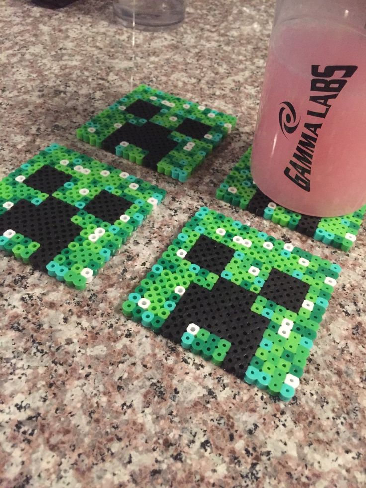 Perler Beads Minecraft Creeper Face Coasters (Set of 4) by BabeCreates on Etsy https://www.etsy.com/listing/220863081/perler-beads-minecraft-creeper-face