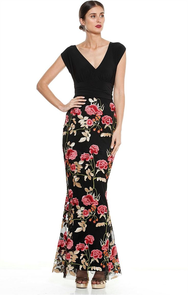 CARAVAGGIO LONG EMBROIDERED FLORAL EVENING FISHTAILL FORMAL GOWN IN ROSE PRINT
