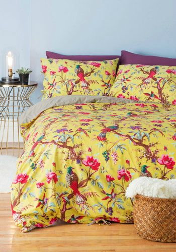 Bird Duvet set. Shown on Deholic.org A VERY COOL Interior Design Site. Check it out!