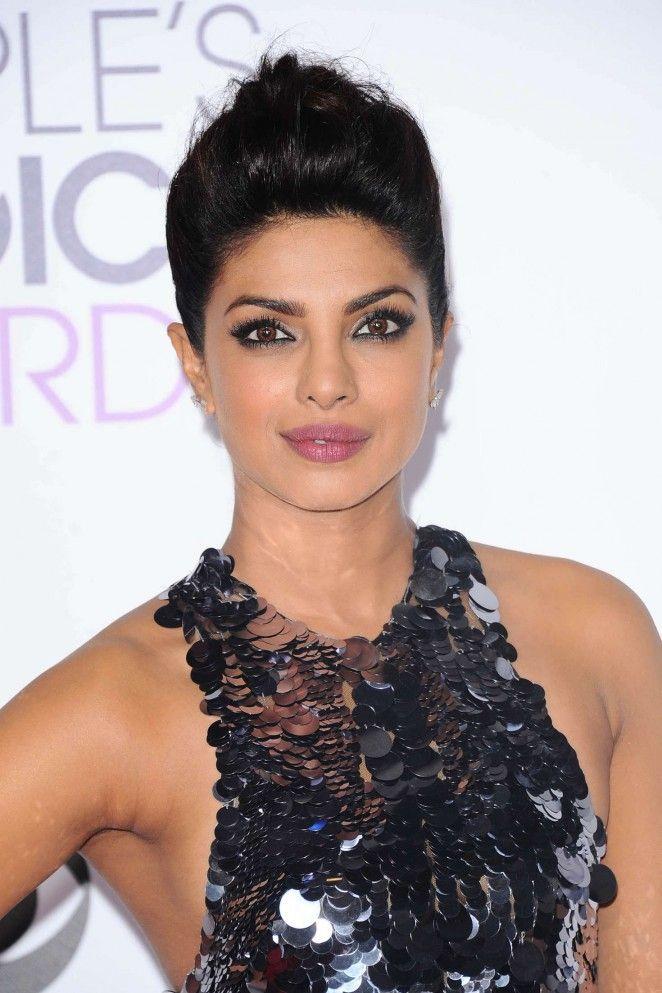 Priyanka Chopra - People's Choice Awards 2016 in Los Angeles
