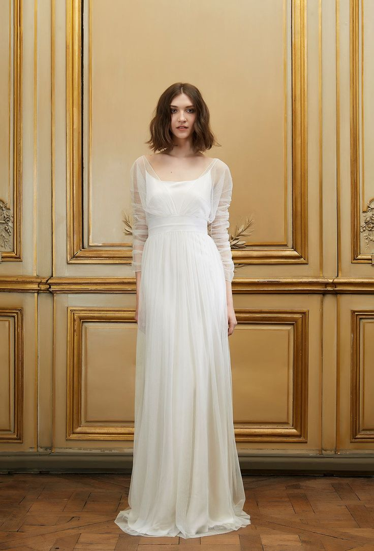 Ultra sophisticated and super sexy, here's our pick of the best long sleeve wedding dresses for stylish autumn/winter brides.