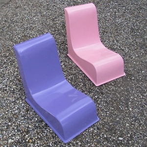 Lovely chairs for both me and the girls - outdoors and indoor :-)