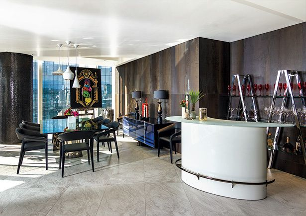 The ublo bar designed by sacha lakic for roche bobois set for City meuble catalogue