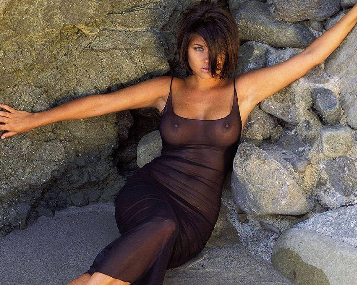 Tiffany Amber Thissan Bikini Bilder