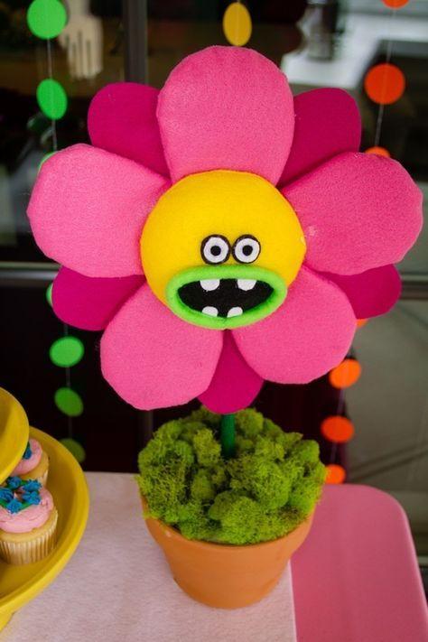 Trolled theme birthday party singing flower