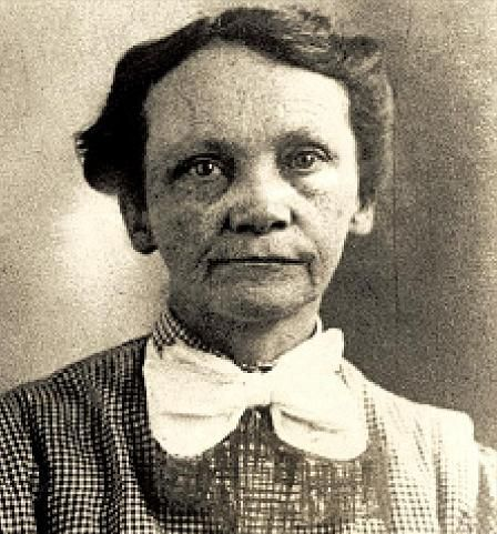 """Amy Archer Gilligan """"Sister Amy"""", serial killer. Born in 1868. Nursing home proprietor who killed at least 5 people, one of them her second husband, the other 4 were her patients. All died from poisoning, motive was to gain life insurance money. She may have killed more people, but that is still unconfirmed. Archer-Gilligan was sentenced to death in 1924, but was declared temporarily insane, and ended up in a mental asylum instead, were she died in 1962."""