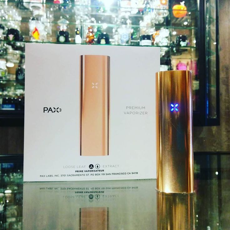 Rose Gold PAX 3 now in stock just in time for Love Day!!!! #thefriendlystranger #queenwestclassicsclub #cannabiscultureshop #pax #vaporizer #vape #marijuana #cannabis #weed #staymedicated #medicalmarijuana #canadianstoners #smokeweedeveryday #its420somewh