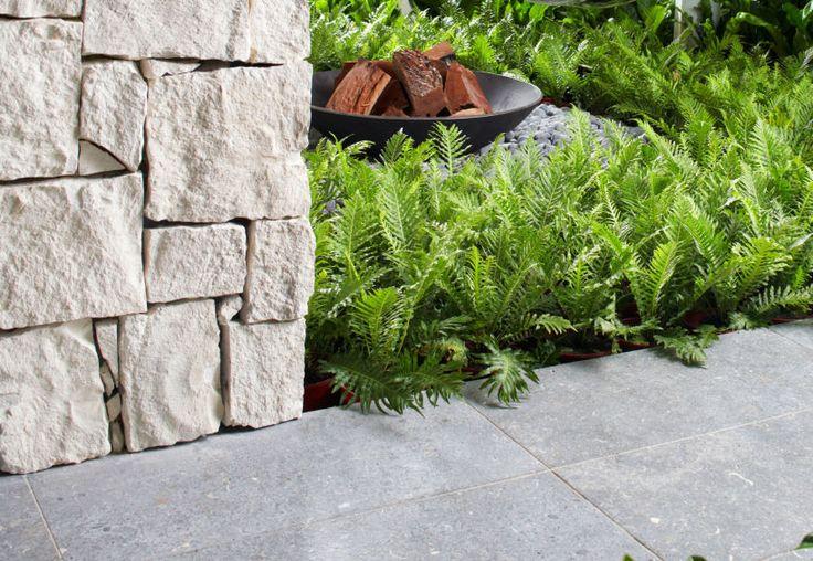Close up of Eco Outdoor Newport random ashlar limestone walling. | Eco Outdoor | Newport random ashlar walling | livelifeoutdoors | Outdoor Design | Natural stone walling | Garden design | Outdoor paving | Outdoor design inspiration | Outdoor style | Outdoor ideas | Luxury homes | Paving ideas | Garden ideas | Stone veneer | Stone walling | Stone wall cladding | Stone feature wall | Retaining wall