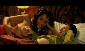 Мальчик трогает грудь видео фото 164-72