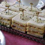 Sandwiches gerookte kipsalade
