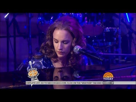 """Natural Woman,"" Beautiful: The Carole King Musical 