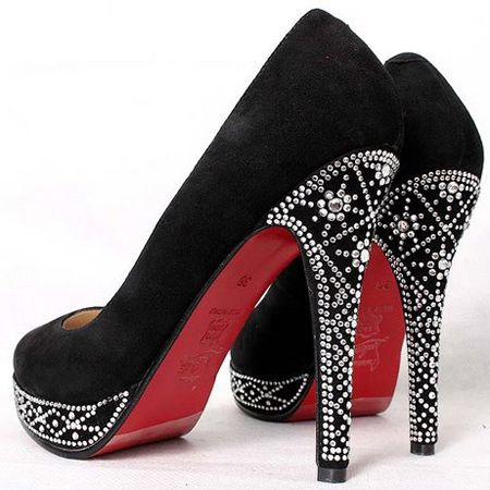 GORGEOUS!!!: Red Bottoms, Style, Christian Louboutin Shoes, Pump, Black Heels, High Heels, Shoes Shoes, Bling Bling, Christianlouboutin