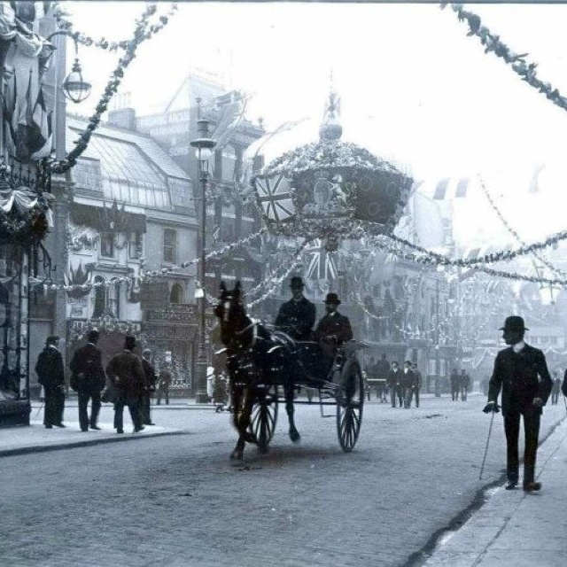 London, Bedford Street, about 1902