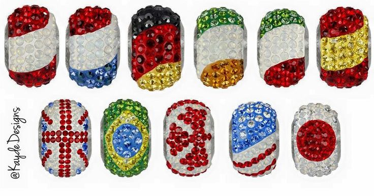 Support your favorite #Olympic #Rio2016 team with Swarovski #BeCharmed flag #beads #beadsters #beadsonthego #KaydeDesigns #NYC 🇺🇸🌎