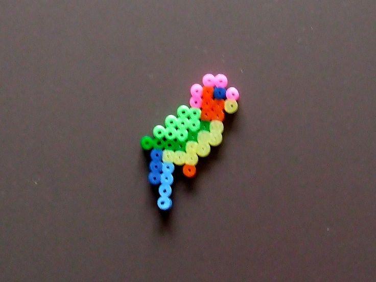 Kit Oiseau perroquet en perles à repasser