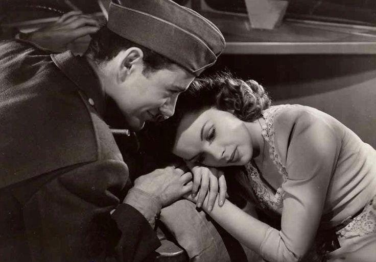 "Robert Walker and Judy Garland in ""The Clock"" (1945)."