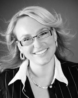Unsere Beraterin Heleen hilft im Umgang mit Menschen, die einem nicht gut tun. #liebeskummer #herzschmerz #vidensus #kartenlegen #hellsehen #wahrsagen #astrologie