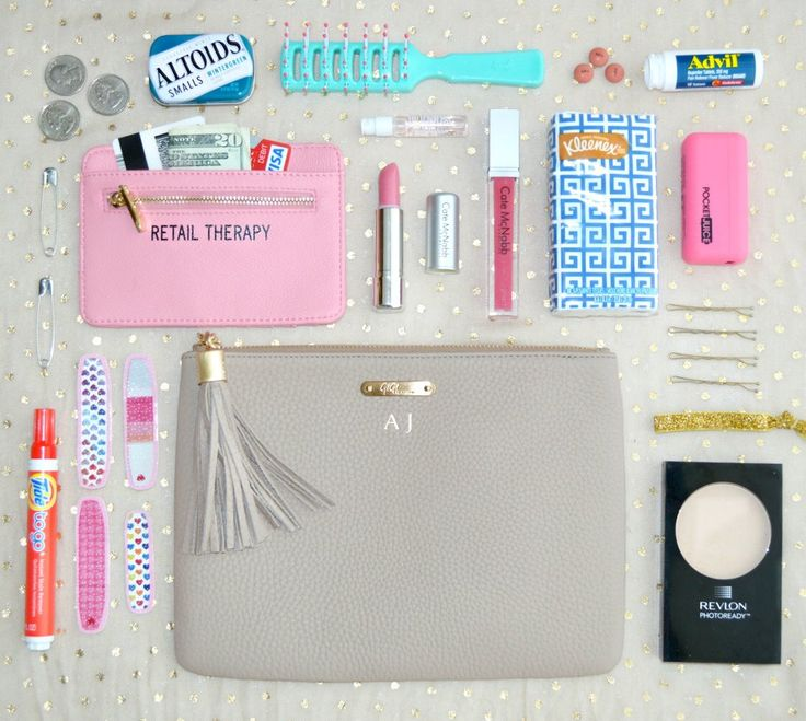Things a girl should always have in her purse !