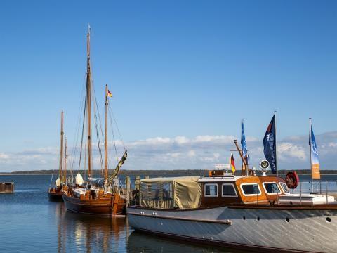 #Hafen im #Ostseebad #Dierhagen Foto: Unukorno / CC BY-SA 3.0 #meckpomm #segeln #angeln