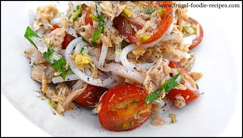 Thai Tuna Noodle Salad: an easy noodle salad with canned tuna, coriander and tomato.