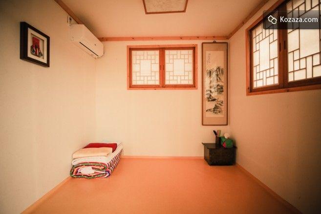 Bukchonmaru Hanokstay Room2 (bakkatbang)