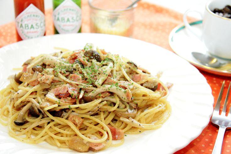 しぇふ てるあき: きのこ&ベーコンスパゲッティ塩味+ソフトドリンク