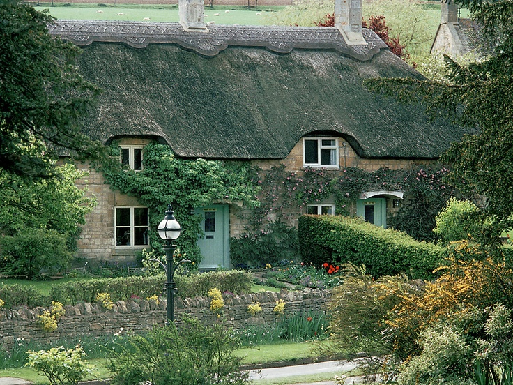 Rose Cottage, The Cotswolds, England: Britlove Cottages, Irresistible Cottages, English Cottages, Houses Cabins Cottages, Architecture, Countryside Cottage, Rose Cottage, Garden, Pretty Cottages