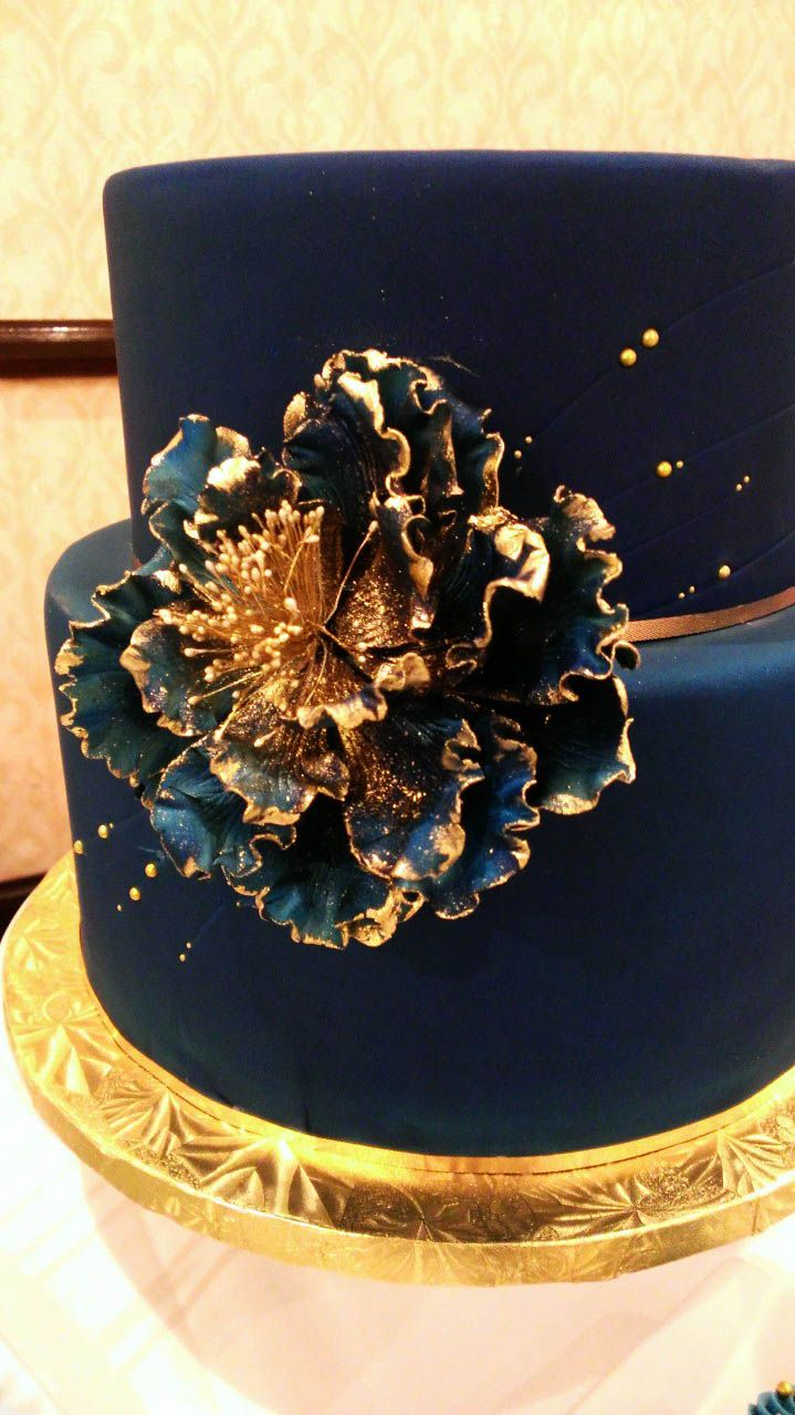 midnight blue and gold wedding cake 81 best images about midnight wedding on 17361