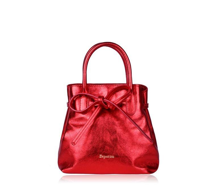 Small Shopping Bag 'Arabesque' Kiss Red Metallic Calfskin #RepettoArabesque #Red #Sparkle #Metallic #MetallicRed #Handbag