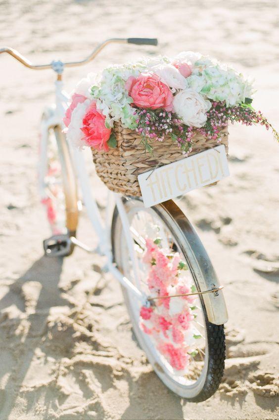 blush pink wedding bicycle decor / http://www.himisspuff.com/bicycle-wedding-ideas/3/