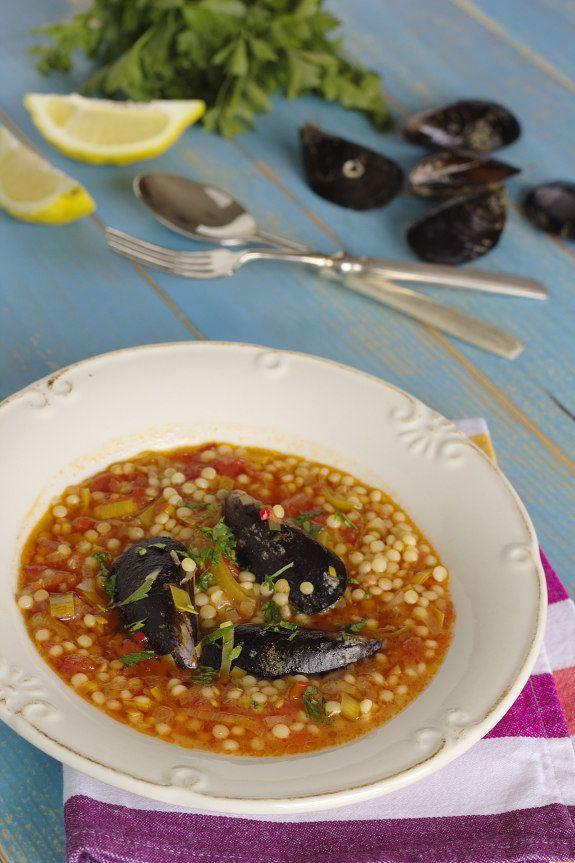 Cinco Quartos de Laranja: Sopa de mexilhão com tomate