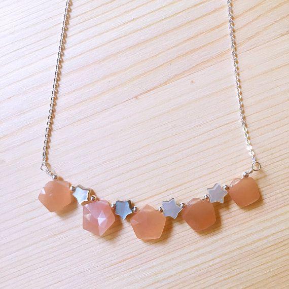 Peach Moonstone Silver Necklace, Moonstone Necklace, Peach Moonstone Mother of Pearl Necklace, June Birthstone Necklace, Birthstone Jewelry