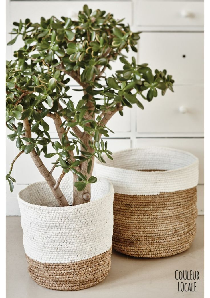Raffia Baskets Naturel & White - Bags & baskets