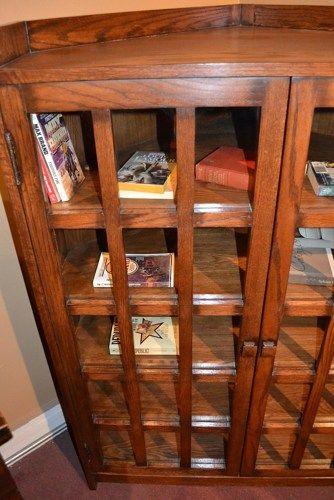 Arts and Crafts Mission Oak Corner Bookcase / Corner Cabinet