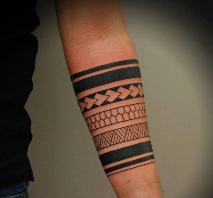 Gambar Tato Di Tangan Kiri 35 Tato Keren Di Lengan Untuk Pria Jika Seorang Pria Ingin Mendapatkan Sebuat Tato Di Tubuhnya Maka L Gambar Tato Tato Bunga Tato